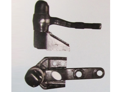 一汽解放第一转向中间臂总成3003110-X112
